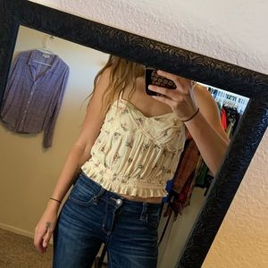 Like new XS American Eagle floral crop top